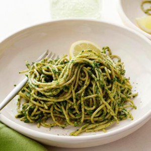kale and pistachio shaghetti