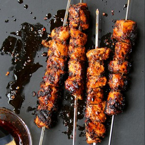 103-recipe_mint-pepper-chicken-kebabs_500x750
